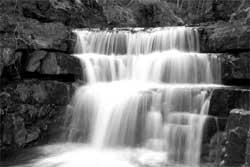 waterfall_b-w